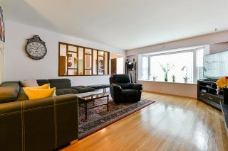 Photo 3: 7315 RUPERT Street in Vancouver: Fraserview VE House for sale (Vancouver East)  : MLS®# R2542118