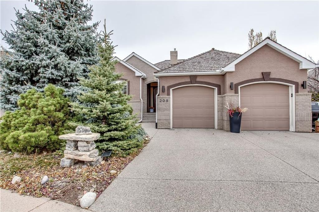Main Photo: 208 SIGNATURE Point(e) SW in Calgary: Signal Hill House for sale : MLS®# C4141105