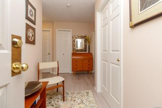 Photo 4: 312 9650 First St in Sidney: Si Sidney South-East Condo for sale : MLS®# 870504