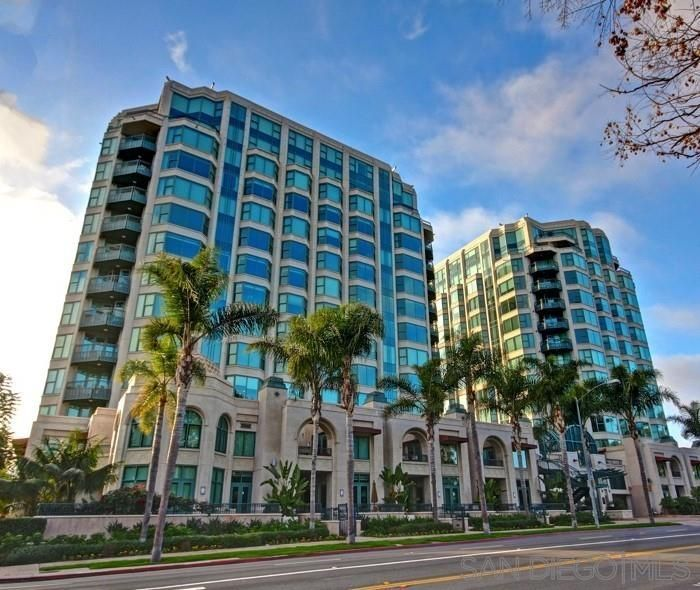 Main Photo: SAN DIEGO Condo for rent : 4 bedrooms : 2500 6th Avenue #PH5