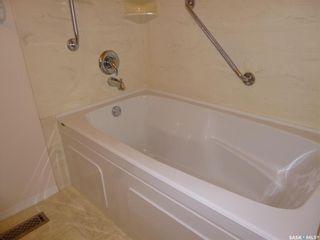 Photo 15: 596 Dalgliesh Drive in Regina: Walsh Acres Residential for sale : MLS®# SK867340