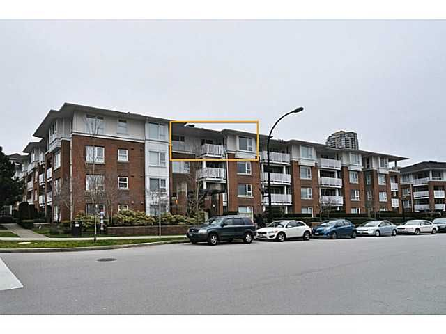 Main Photo: 407 4723 Dawson Street in Burnaby: Brentwood Park Condo for sale (Burnaby North)  : MLS®# V993827