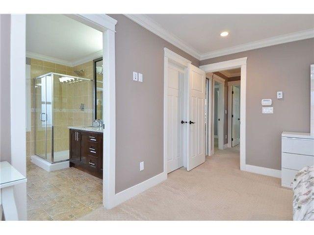 Photo 9: Photos: 7040 MALIBU DR in Burnaby: Westridge BN House for sale (Burnaby North)  : MLS®# V1104735