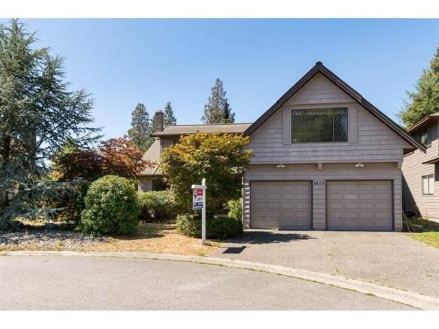 Main Photo: 1815 148A STREET in Surrey: Sunnyside Park Surrey House for sale (South Surrey White Rock)  : MLS®# R2115625
