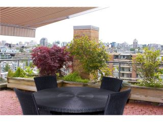 """Photo 5: 910 1450 PENNYFARTHING Drive in Vancouver: False Creek Condo for sale in """"HARBOUR COVE"""" (Vancouver West)  : MLS®# V831435"""