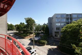 """Photo 11: 315 350 E 2ND Avenue in Vancouver: Mount Pleasant VE Condo for sale in """"MAINSPACE"""" (Vancouver East)  : MLS®# R2279640"""