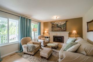 Photo 2: 1808 128 STREET in South Surrey White Rock: Crescent Bch Ocean Pk. Home for sale ()  : MLS®# R2324766