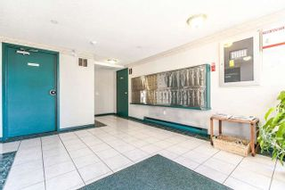 Photo 3: 302 45 FOURTH Street in New Westminster: Downtown NW Condo for sale : MLS®# R2248538