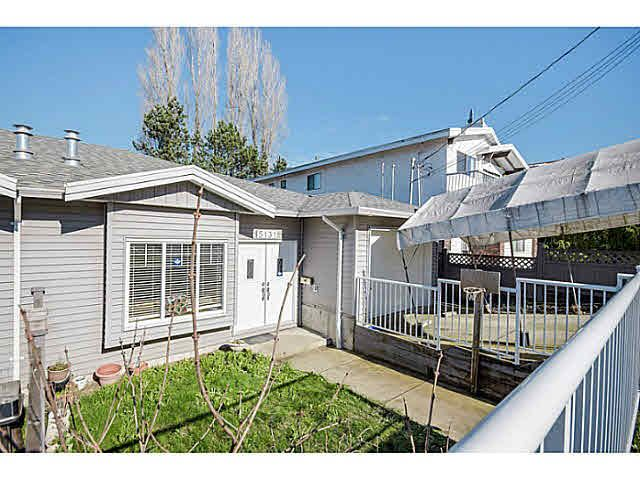 Main Photo: 5131 MANOR STREET in : Central BN 1/2 Duplex for sale : MLS®# V1105893