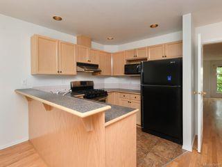 Photo 5: 502 510 Marsett Pl in Saanich: SW Royal Oak Row/Townhouse for sale (Saanich West)  : MLS®# 839197