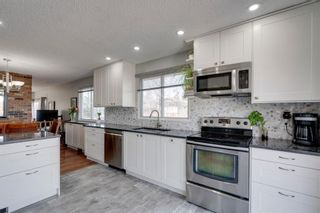 Photo 8: 447 Glamorgan Place SW in Calgary: Glamorgan Detached for sale : MLS®# A1096467