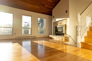 Photo 2: 452 Terrahue Rd in : Co Wishart South House for sale (Colwood)  : MLS®# 873702