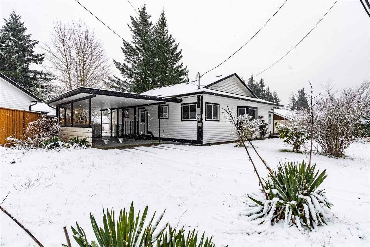 Main Photo: 439 5TH Avenue in Hope: Hope Center House for sale : MLS®# R2532118