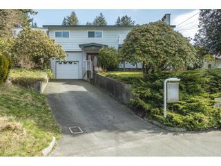 Photo 1: 7984 ASPEN Court in Mission: Mission BC House for sale : MLS®# R2559784