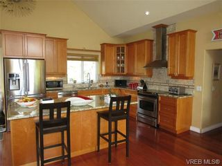Photo 8: 2135 Otter Ridge Dr in SOOKE: Sk Otter Point House for sale (Sooke)  : MLS®# 727891