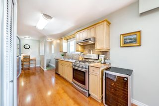 """Photo 11: 15580 COLUMBIA Avenue: White Rock House for sale in """"White Rock"""" (South Surrey White Rock)  : MLS®# R2599459"""