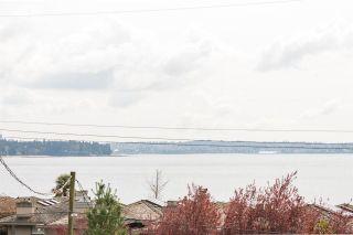 "Photo 15: 302 2455 BELLEVUE Avenue in West Vancouver: Dundarave Condo for sale in ""BELLEVUE WEST"" : MLS®# R2260590"
