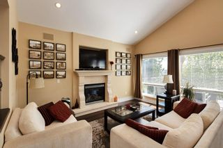 Photo 3: 165 WARRICK Street in Coquitlam: Cape Horn House for sale : MLS®# R2608916