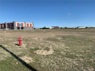 Photo 1: 2151 Box Springs Boulevard NW: Medicine Hat Mixed Use for sale : MLS®# MH0177821
