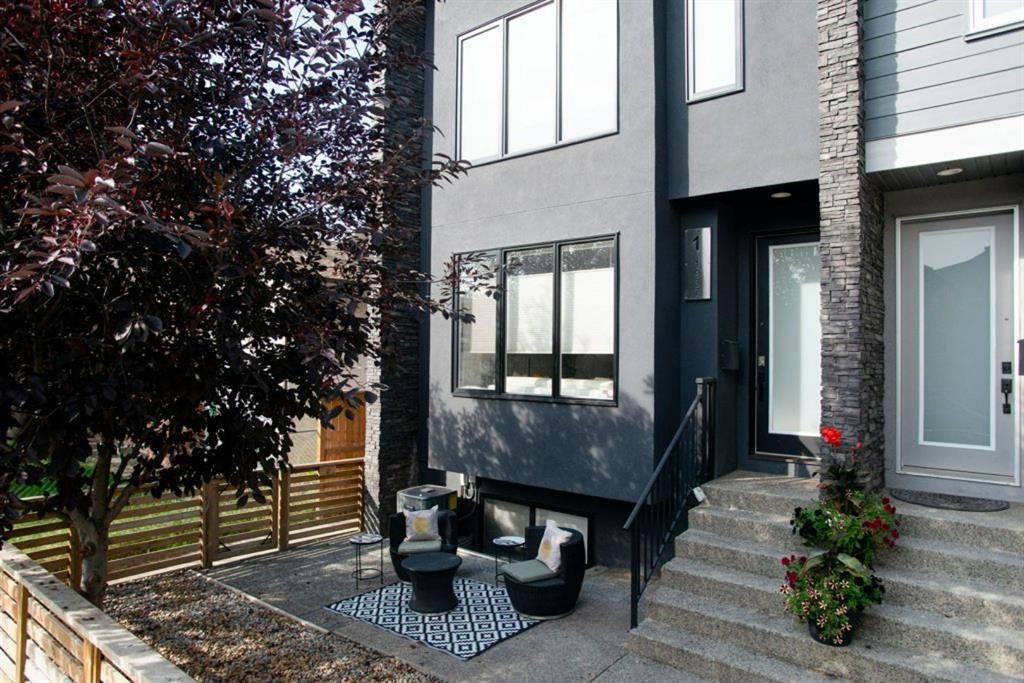 Main Photo: 1 1937 31 Street SW in Calgary: Killarney/Glengarry Row/Townhouse for sale : MLS®# A1145927