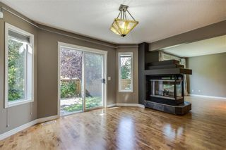 Photo 10: 223 WESTPOINT Garden SW in Calgary: West Springs Detached for sale : MLS®# C4273787