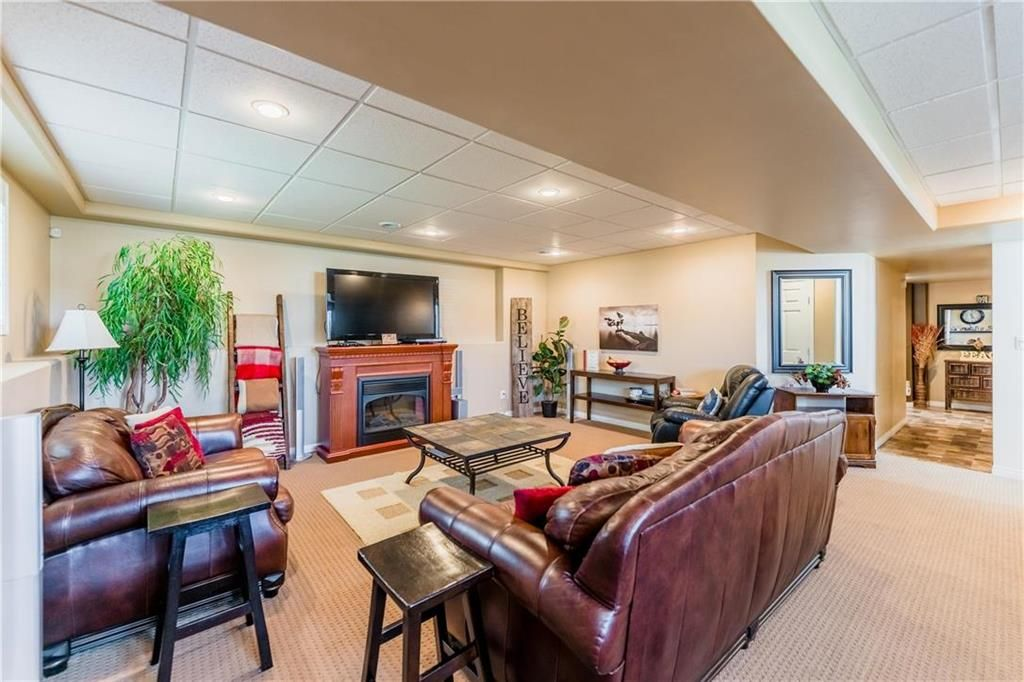 Photo 26: Photos: 18 JUNIPER Avenue in Steinbach: Southwood Residential for sale (R16)  : MLS®# 202024800