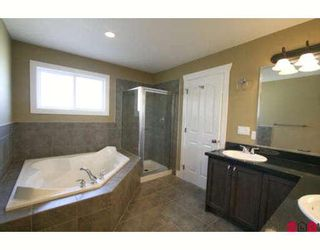 """Photo 8: 46213 KERMODE Crescent in Sardis: Promontory House for sale in """"BEAR CREEK"""" : MLS®# H2900411"""