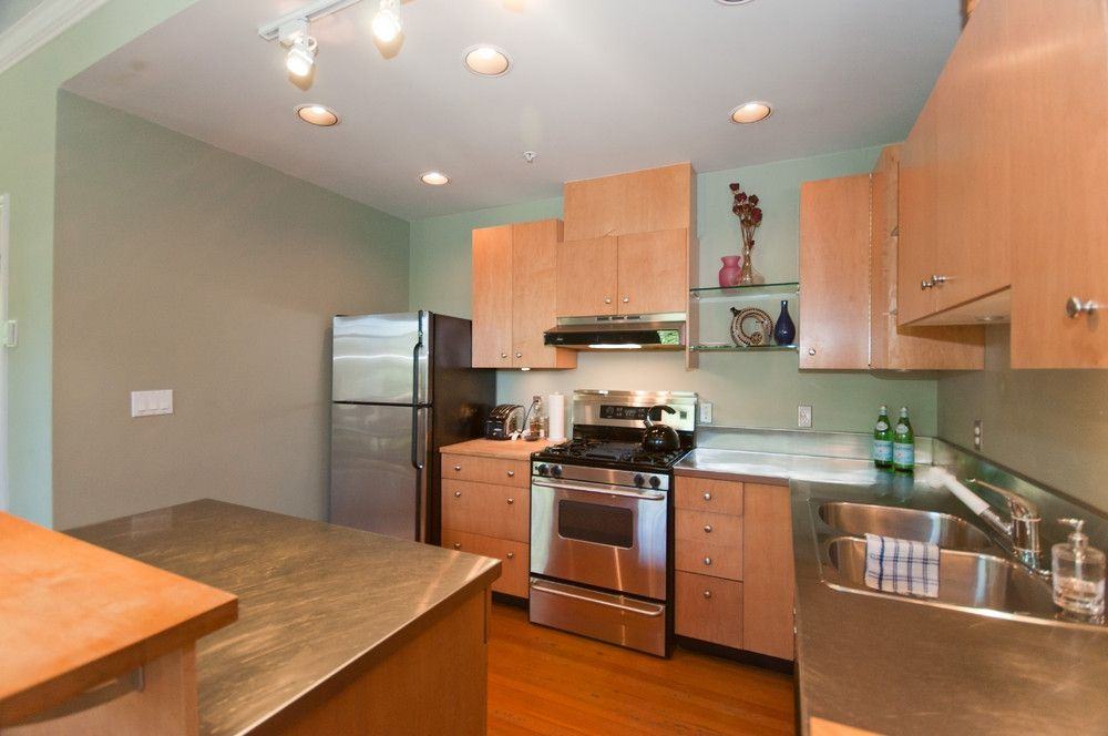 Photo 15: Photos: 2498 W 5TH Avenue in Vancouver: Kitsilano Townhouse for sale (Vancouver West)  : MLS®# V838455