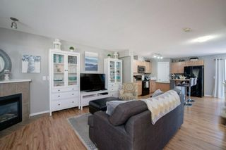 Photo 5: 79 Country Village Gate NE in Calgary: Country Hills Village Row/Townhouse for sale : MLS®# A1125396