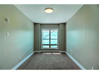 Photo 13: 315 1899 45 Street NW in Calgary: Montgomery Condo for sale : MLS®# C4115653