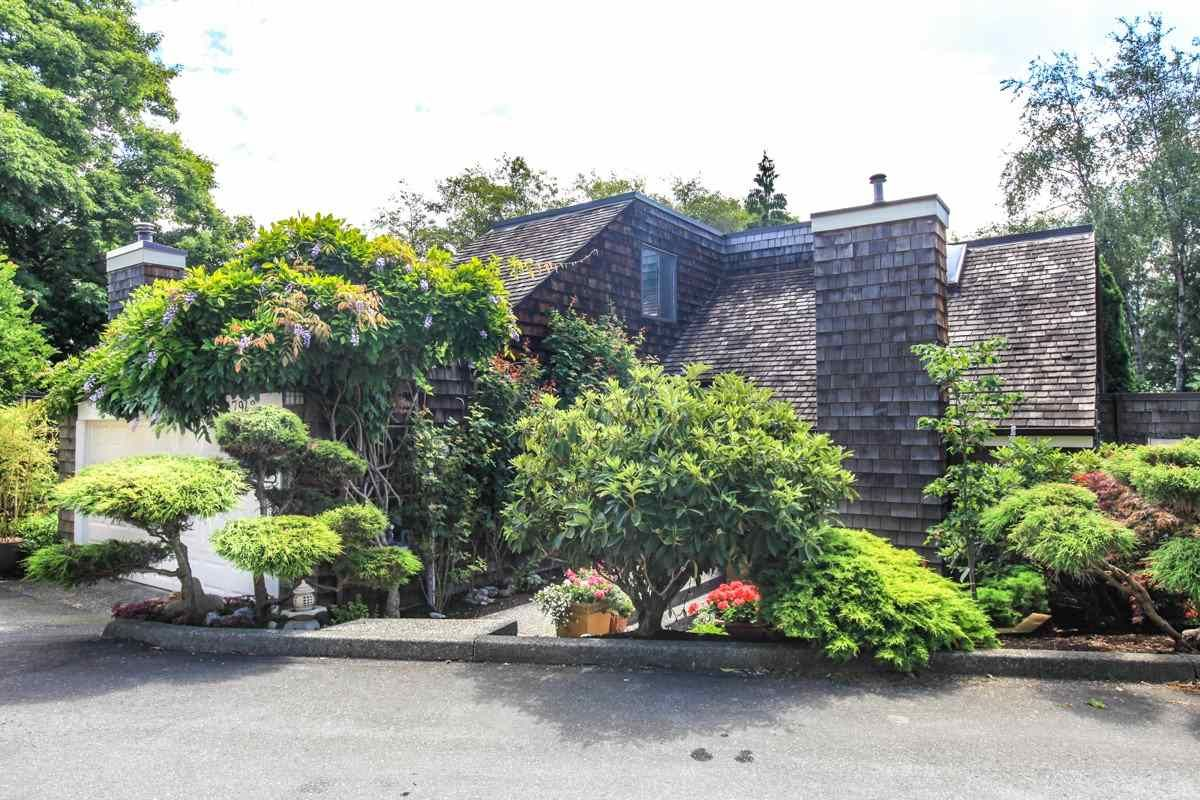 """Main Photo: 7942 LIMEWOOD Place in Vancouver: Champlain Heights Townhouse for sale in """"WOODLANDS"""" (Vancouver East)  : MLS®# R2291596"""