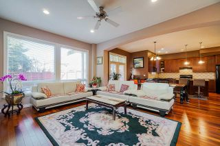 """Photo 8: 6955 196A Street in Langley: Willoughby Heights House for sale in """"Camden Park"""" : MLS®# R2446076"""