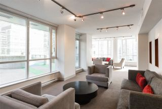 """Photo 30: 2401 833 SEYMOUR Street in Vancouver: Downtown VW Condo for sale in """"CAPITAL RESIDENCES"""" (Vancouver West)  : MLS®# R2544420"""