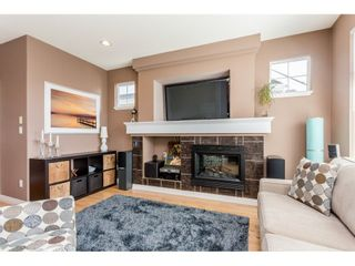 Photo 6: 122 20449 66 AVENUE in Langley: Willoughby Heights Townhouse for sale : MLS®# R2106319