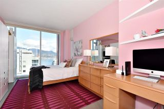 """Photo 13: 2804 1211 MELVILLE Street in Vancouver: Coal Harbour Condo for sale in """"The Ritz"""" (Vancouver West)  : MLS®# R2247457"""