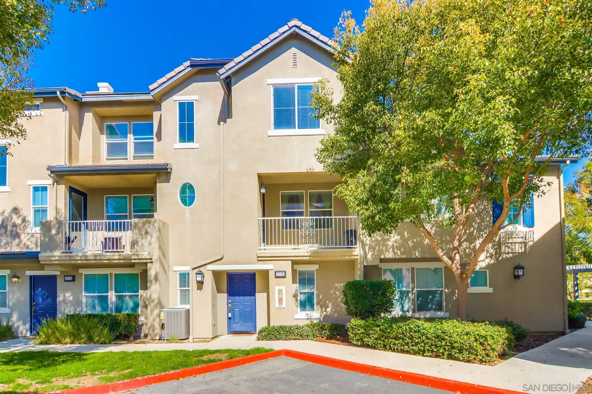 Main Photo: CHULA VISTA Townhouse for sale : 3 bedrooms : 2726 Hazelnut Ct