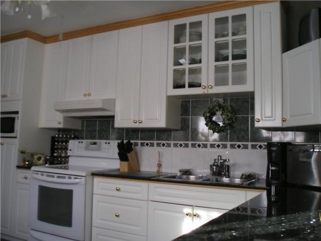 Photo 5: Photos: 161 Bronx Place in WINNIPEG: East Kildonan Residential for sale (North East Winnipeg)  : MLS®# 1002480