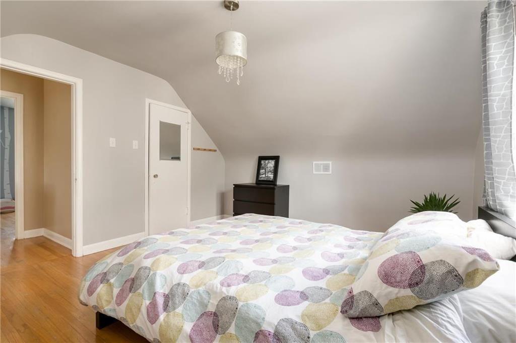 Photo 15: Photos: 292 Renfrew Street in Winnipeg: Residential for sale (1C)  : MLS®# 202010830