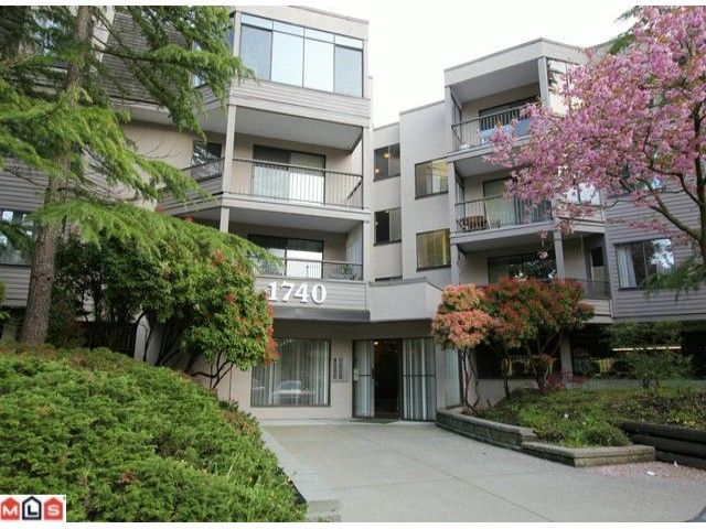"""Main Photo: 202 1740 SOUTHMERE Crescent in Surrey: Sunnyside Park Surrey Condo for sale in """"CAPSTAN WAY - SPINNAKER II"""" (South Surrey White Rock)  : MLS®# F1211608"""