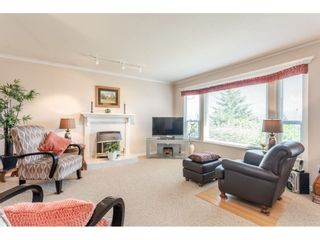 """Photo 6: 2316 MOUNTAIN Drive in Abbotsford: Abbotsford East House for sale in """"MOUNTAIN VILLAGE"""" : MLS®# R2388471"""