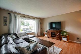 Photo 3: 32063 HOLIDAY Avenue in Mission: Mission BC House for sale : MLS®# R2576430