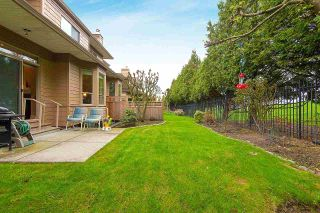 """Photo 1: 57 16655 64 Avenue in Surrey: Cloverdale BC Townhouse for sale in """"Ridgewood Estates"""" (Cloverdale)  : MLS®# R2394728"""