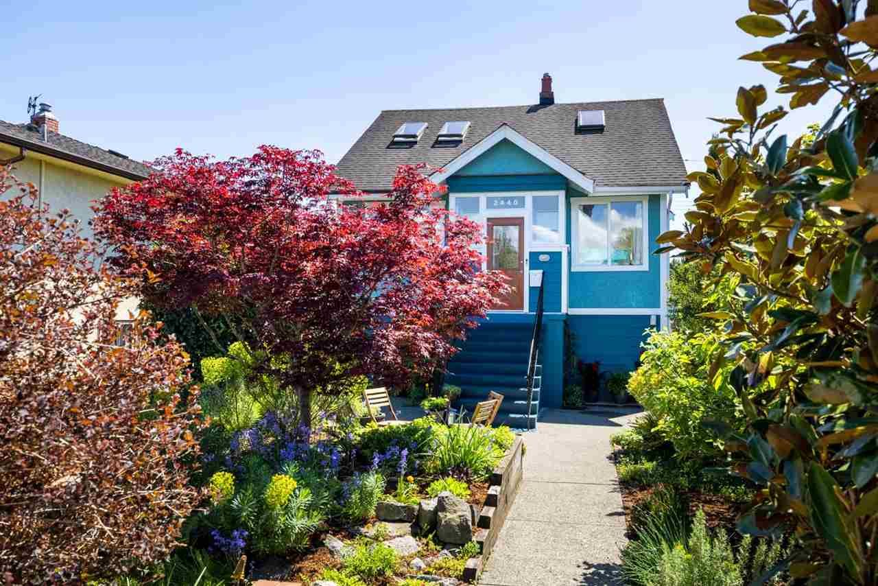 Main Photo: 2440 E GEORGIA Street in Vancouver: Renfrew VE House for sale (Vancouver East)  : MLS®# R2581341