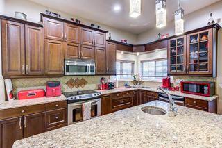 Photo 2: 17604 87 Street in Edmonton: Zone 28 House for sale : MLS®# E4253771