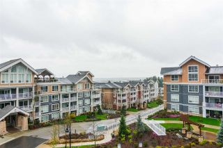 "Photo 20: 402 6470 194 Street in Surrey: Clayton Condo for sale in ""WATERSTONE"" (Cloverdale)  : MLS®# R2250963"
