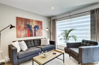 """Photo 2: 101 418 E BROADWAY in Vancouver: Mount Pleasant VE Condo for sale in """"Broadway Crest"""" (Vancouver East)  : MLS®# R2605309"""
