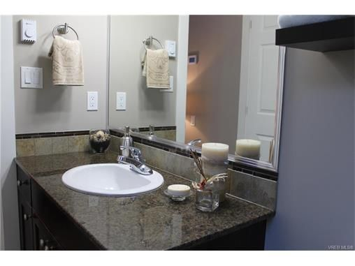 Photo 18: Photos: 3354 Langrish Mews in VICTORIA: La Walfred House for sale (Langford)  : MLS®# 748509