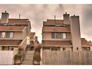 Photo 12: 248 54 GLAMIS Green SW in Calgary: Glamorgan House for sale : MLS®# C4109785