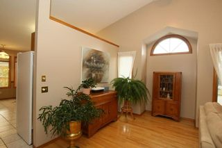 Photo 13: 2 WEST ANDISON Close: Cochrane House for sale : MLS®# C4141938