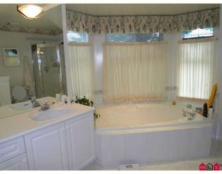 Photo 8: 15810 82ND Avenue in Surrey: Fleetwood Tynehead House for sale : MLS®# F2907124